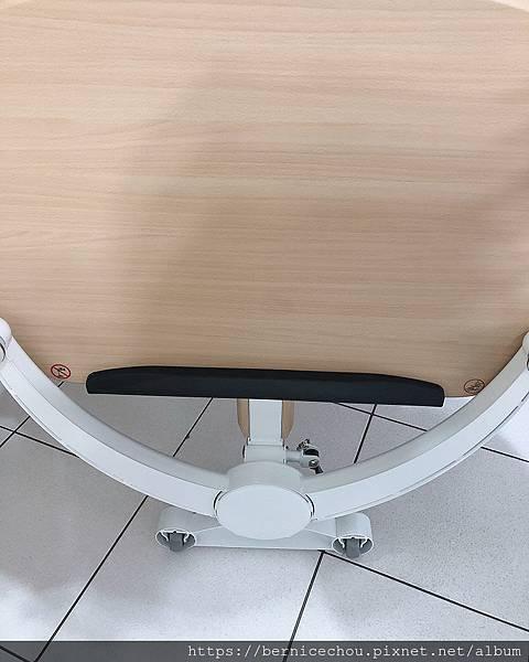立可桌多功能折疊式升降桌15.jpg