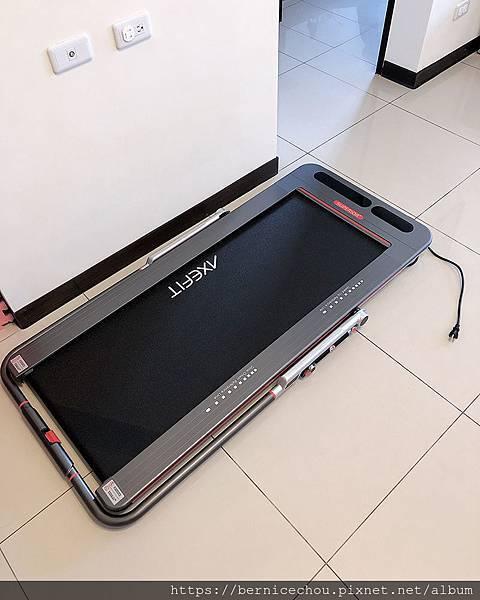 AXEFIT智能平板跑步機1.jpg