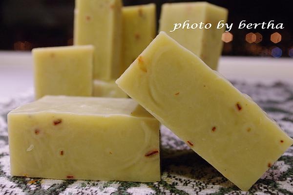 酪梨檸檬皂.jpg