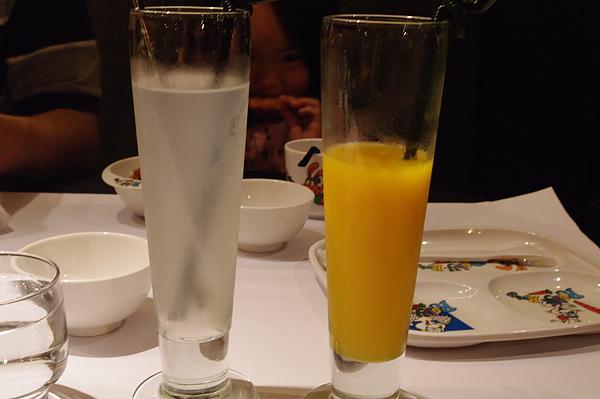 椰子汁與芒果汁.JPG