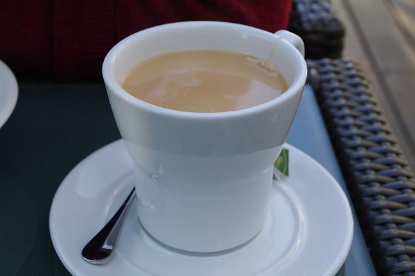熱奶茶.JPG