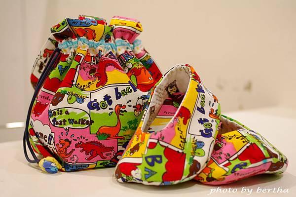 手作室內鞋 小提包 組合.jpg