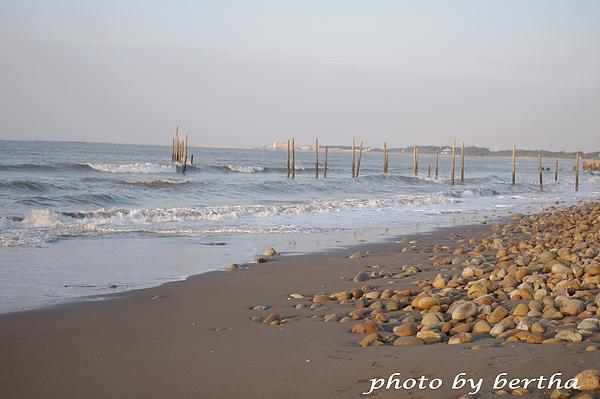 海與砂&石.jpg