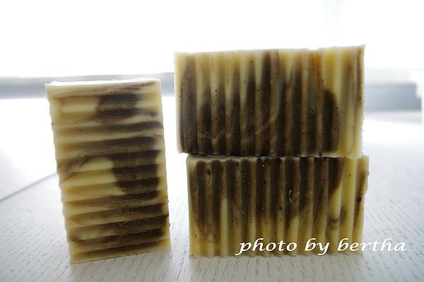 鼠尾修護洗髮皂.jpg