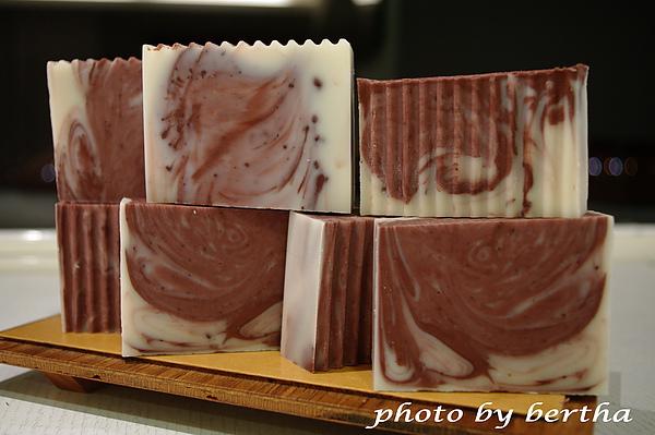 酪梨洋柑菊皂.jpg