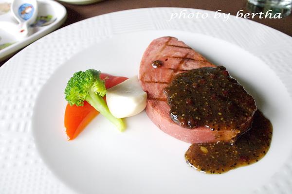 葡萄樹莊園 素餐點.jpg