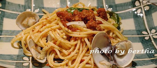 肉醬蛤犡義大利麵.jpg