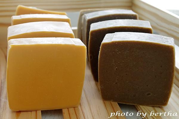 抹草橙花皂+蜂蜜馬賽乳皂.jpg