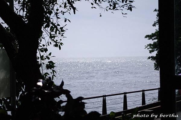 淡水河畔.jpg