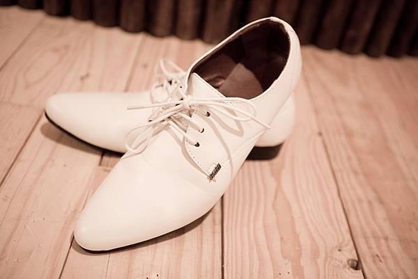 男士禮鞋(租白皮鞋):男生希服︱男士禮服出租、男士禮服及西裝訂製