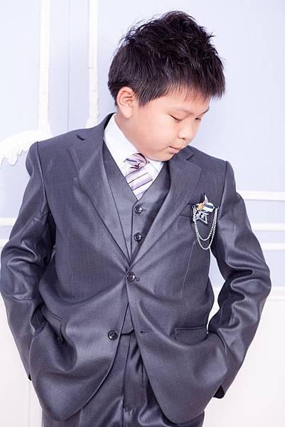 花童西服出租 | 租花童西裝 | 小朋友西服: 適合當花童的小男生、音樂會、全家福拍照