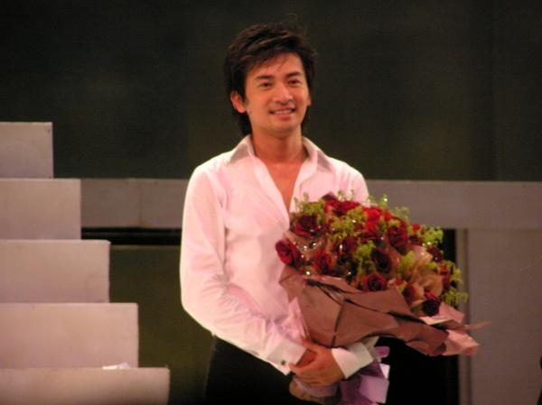 2006菊花香_末場謝幕 (9).JPG