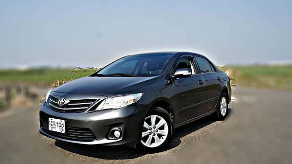 2011年 Toyota ALTIS 灰色