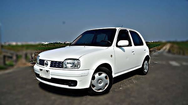 2005年NissanMARCH白色 日產中古車