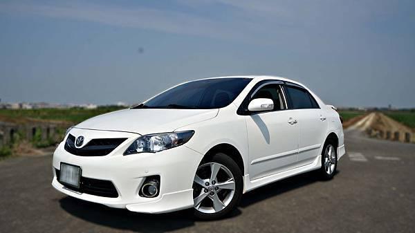 2010年 Toyota ALTIS 白色 豐田中古車