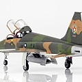 F-5F-05.jpg
