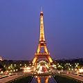 世界美景/巴黎鐵塔的夜空下