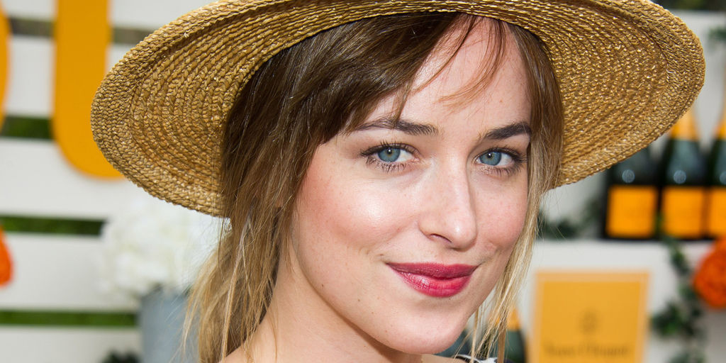 o-DAKOTA-JOHNSON-facebook.jpg