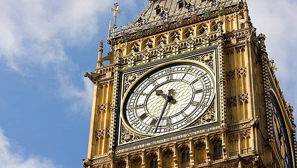 london-bigben-1500x850 (1)