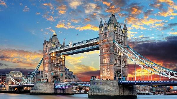 tower-bridge-1237288_960_720