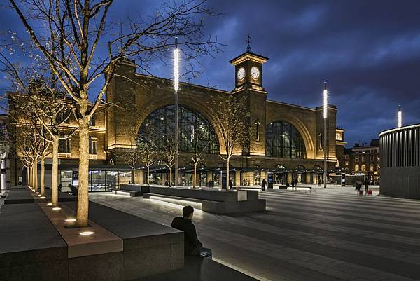 London-kings-cross-station (1)