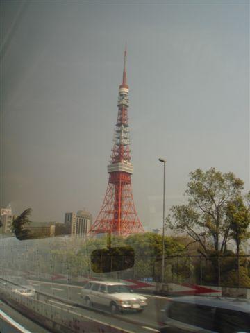 不起眼的東京鐵塔