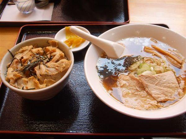 我滴-叉燒麵+牛肉飯