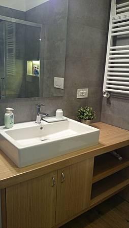 二館1號衛浴