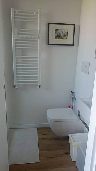 二館2號衛浴