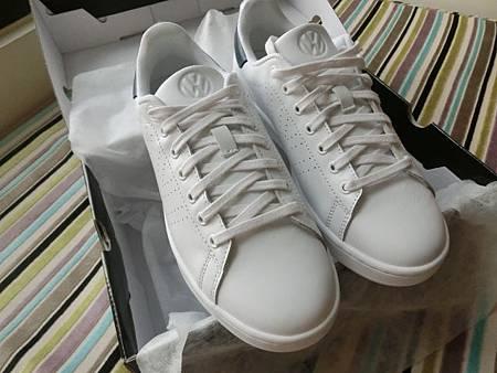 福斯品牌鞋