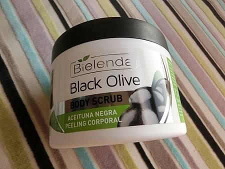 【去角质推荐】Bielenda碧尔兰达黑橄榄精华身体去角质霜,唤回我身体年轻的秘密!