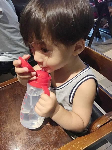 米奇水杯06