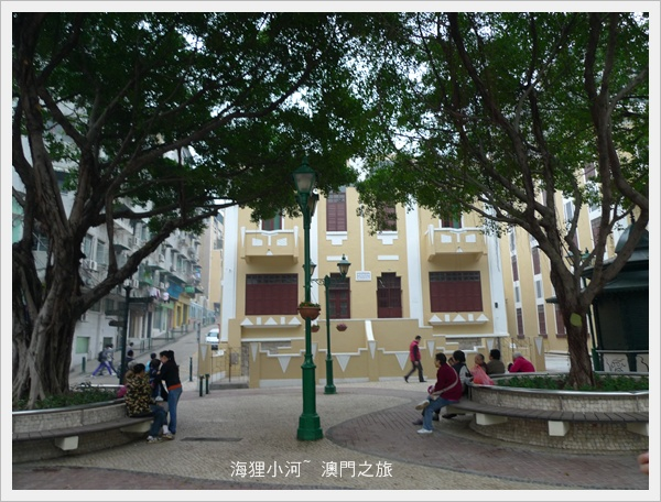 Macau(亞婆井前地).JPG