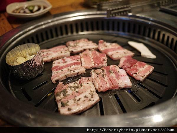 五花肉(三層肉)