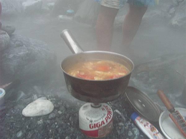 溫泉瓢煮的番茄咖哩