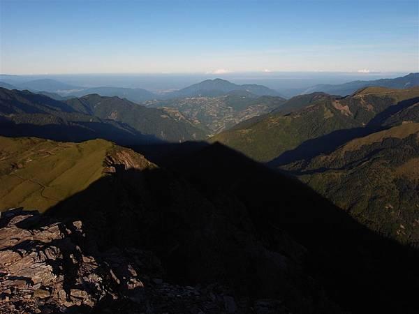 奇萊北峰。shadow