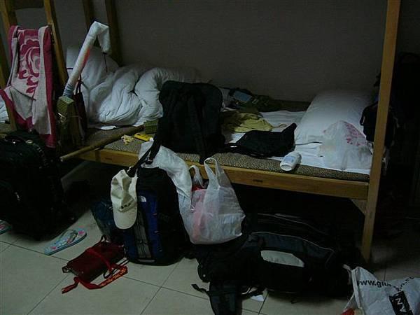 青年旅館(一個義大利女生的床位)