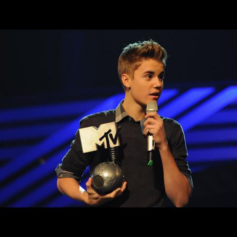 Justin-Bieber-Dave--Benett-131653293.jpg