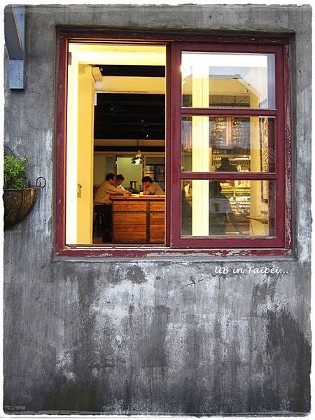 好丘-紅窗.JPG