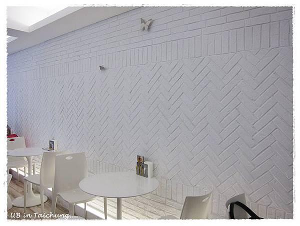 法米-二樓磚牆.JPG
