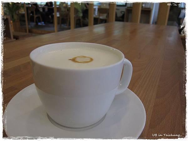 目覺2-鮮豆漿咖啡歐蕾.JPG