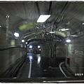 立山黑部-黑部水壩關電巴士隧道