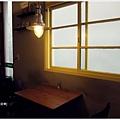 田樂-一F餐桌.JPG