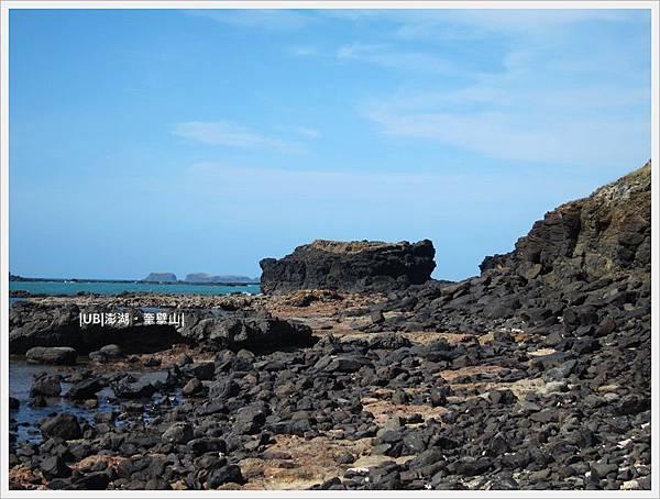 奎壁山-赤嶼石.JPG