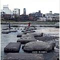 鴨川-黃昏烏龜跳石直式.JPG