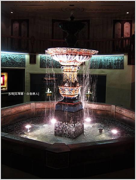 白色戀人-噴泉.JPG