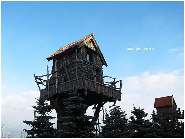 白色戀人-樹屋.JPG