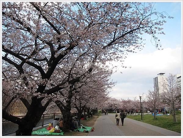 大阪城-公園入口處.JPG