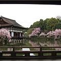 平安神宮-泰平閣外的尚美館.JPG