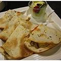 山山來茶-鮮食野菇烤餅.JPG